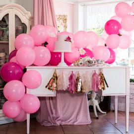 DIY Balloon Garland Tutorial
